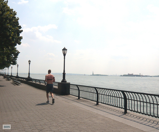 Comfortable Corner 2 Bedroom Plus, Battery Park City, NYC, $4,100, Web #: 3337560