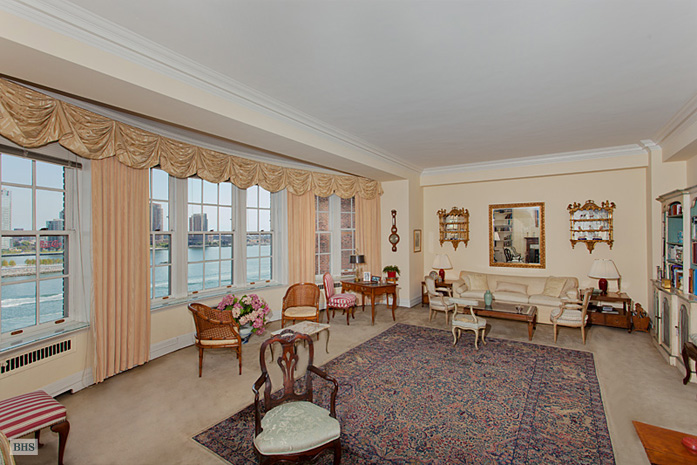 Beekman Place, Midtown East, NYC, $3,400,000, Web #: 3360960