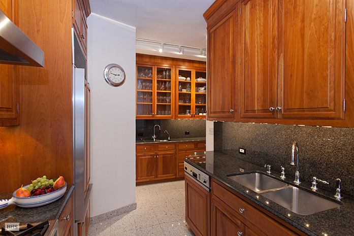 885 West End Avenue, Upper West Side, NYC, $3,125,000, Web #: 3405292
