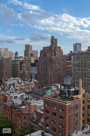 50 Riverside Drive, Upper West Side, NYC, $1,599,000, Web #: 3459598