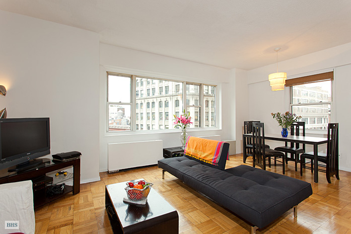 East 8th Street, East Village, NYC, $4,500, Web #: 3657809