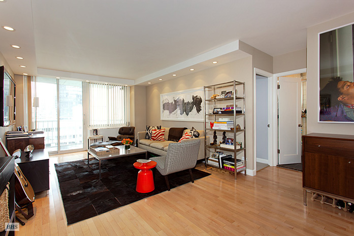 220 East 65th Street, Upper East Side, NYC, $1,500,000, Web #: 3695645