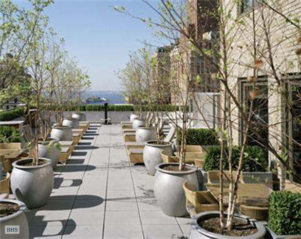 88 Greenwich Street 2009, Battery Park City, NYC, $3,100, Web #: 3713204