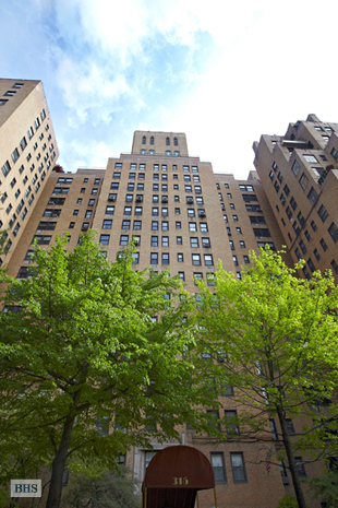 315 East 68th Street, Upper East Side, NYC, $625,000, Web #: 3792893