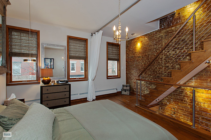 387 Bleecker Street, West Village, NYC, $2,500,000, Web #: 3860279