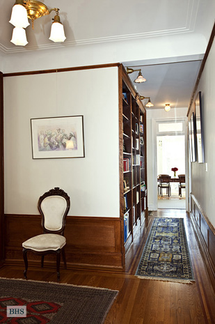 545 West 111th Street, Upper West Side, NYC, $1,650,000, Web #: 3901993