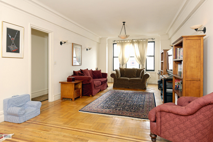 221 West 82nd Street, Upper West Side, NYC, $1,460,000, Web #: 782083