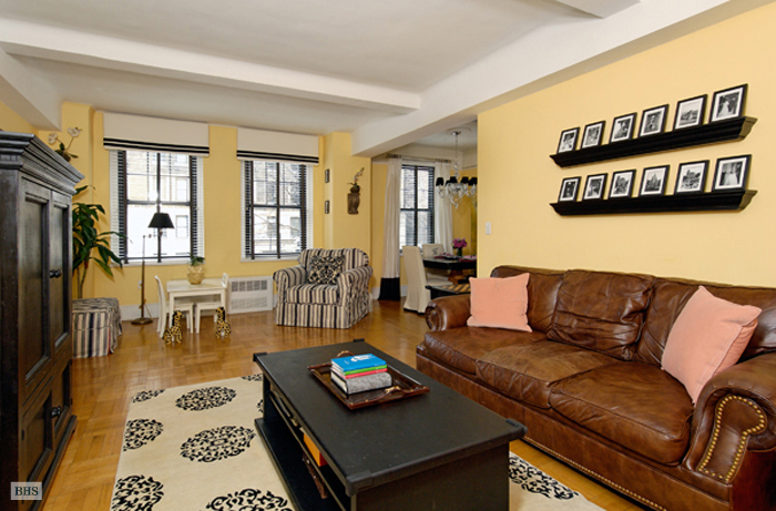 172 West 79th Street, Upper West Side, NYC, $1,600,000, Web #: 787148