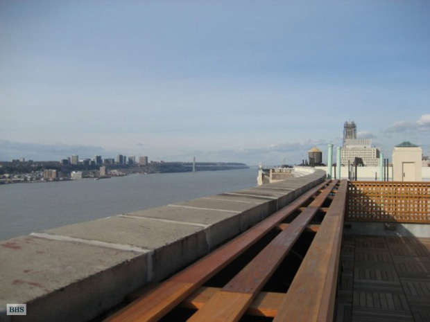 390 Riverside Drive, Upper West Side, NYC, $737,800, Web #: 792744