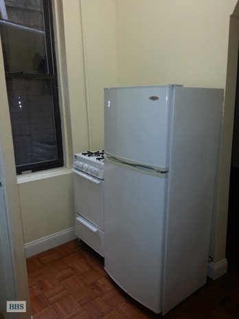 West 22nd Street, Greenwich Village/Chelsea, NYC, $1,995, Web #: 8520496