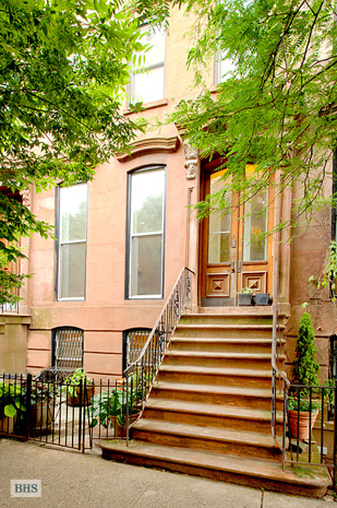 Gates Avenue, Brooklyn, New York, $2,700, Web #: 8848931