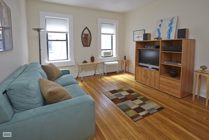 130 West 16th Street, Greenwich Village/Chelsea, NYC, $620,000, Web #: 9086458