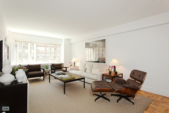 166 East 63rd Street, Upper East Side, NYC, $1,680,000, Web #: 9086874