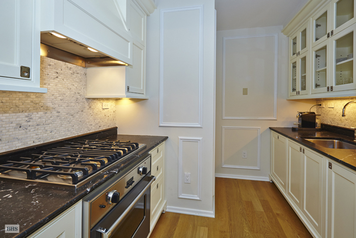 Central Park South, Midtown East, NYC, $13,900, Web #: 9129224