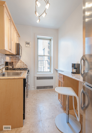 140 8th Avenue, Brooklyn, New York, $325,000, Web #: 9129371