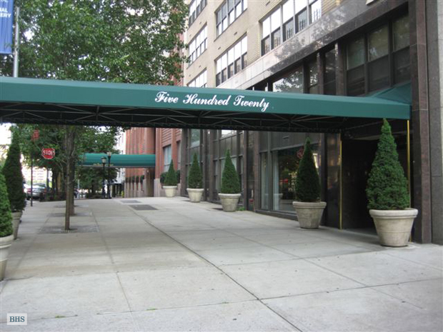 520 East 72nd Street 6J, Upper East Side, NYC, $315,000, Web #: 9342258