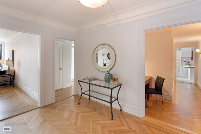 395 Riverside Drive, Upper West Side, NYC, $1,945,000, Web #: 9600034