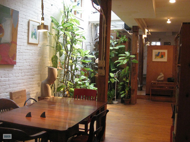15 Downing Street, West Village, NYC, $3,600, Web #: 9886161