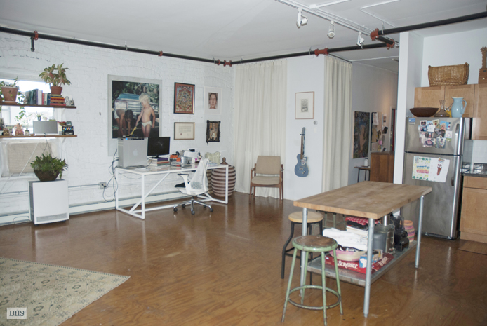 Hope Street, Brooklyn, New York, $3,200, Web #: 9946164