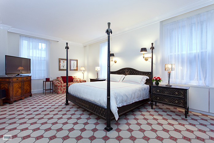 550 Park Avenue, Upper East Side, NYC, $5,800,000, Web #: 9987871