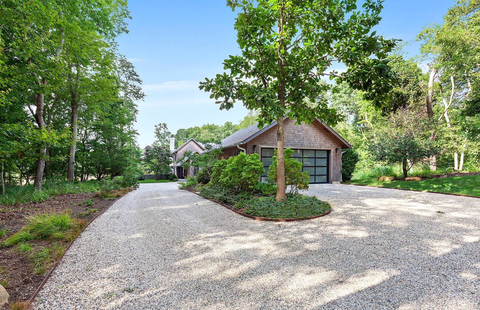 54 Old Sag Harbor Rd, Bridgehampton, NY, $4,200,000, Web #: 729980