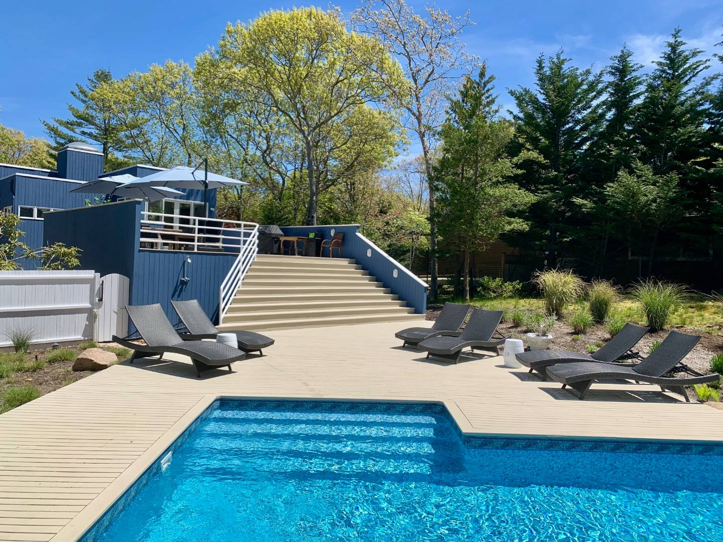 132 Isle Of Wight Road, Springs, NY, $1,395,000, Web #: 873724