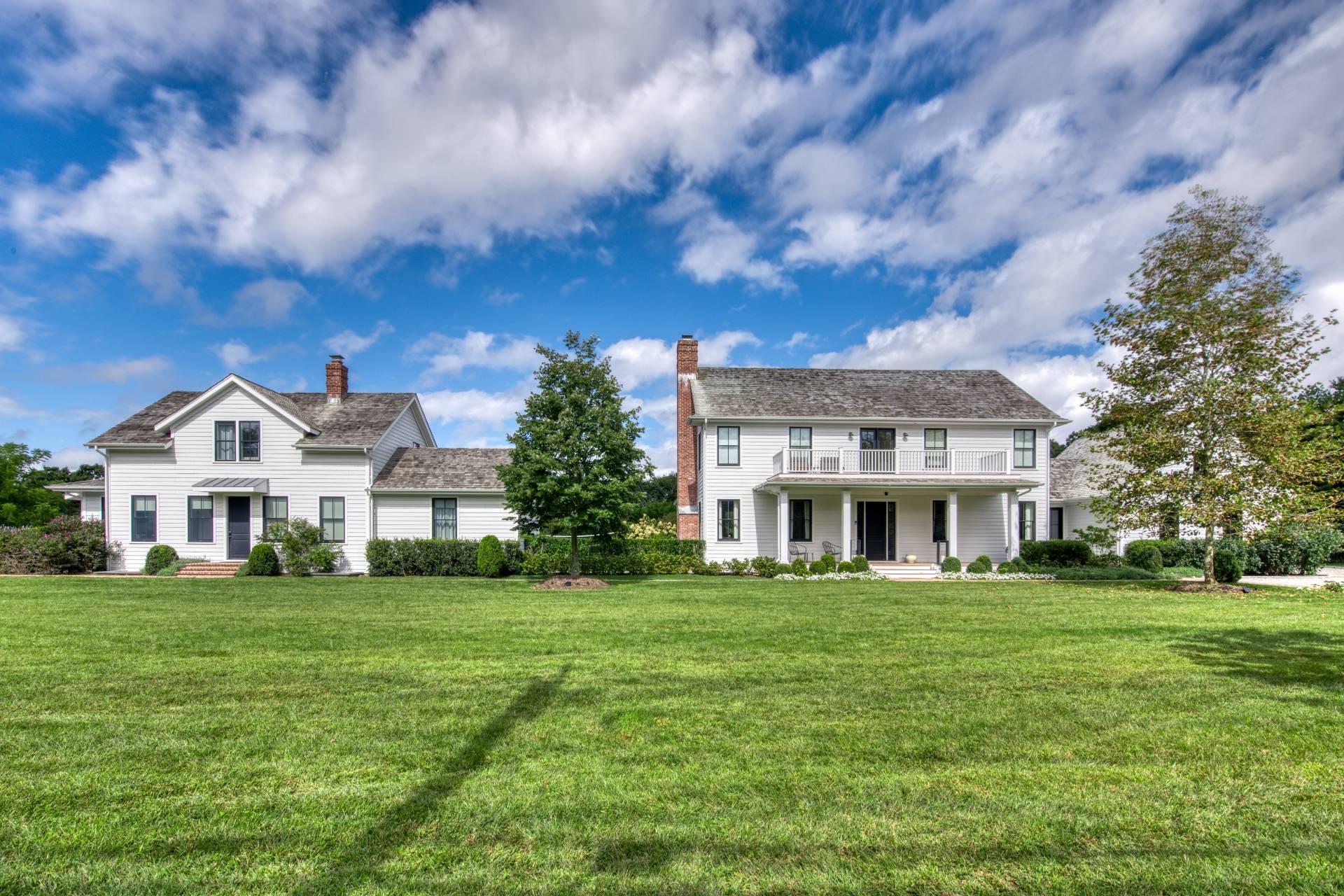 172 NARROW LANE EAST -COMPOUND - Main House and Co