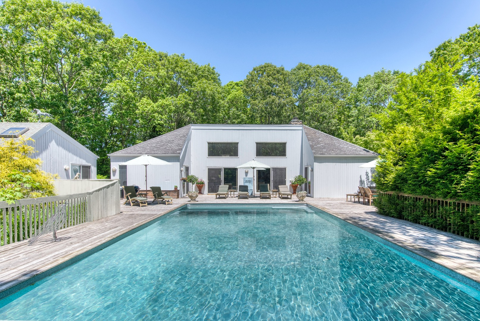 72 Wainscott Northwest Road